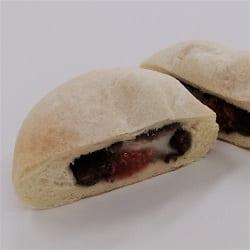 いちご大福パン